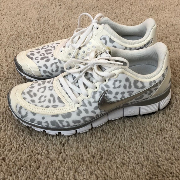 finest selection 1460c 26408 Nike Run Free 5.0, white snow leopard. M 5a64f4aca44dbe63aaebb1cb